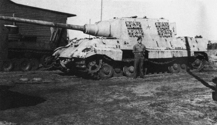 Jagdtiger field with engine cover
