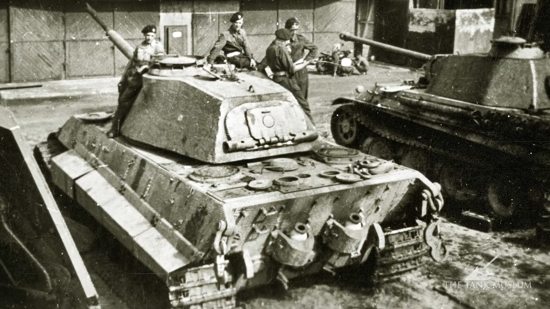 Tank Chat Tiger II