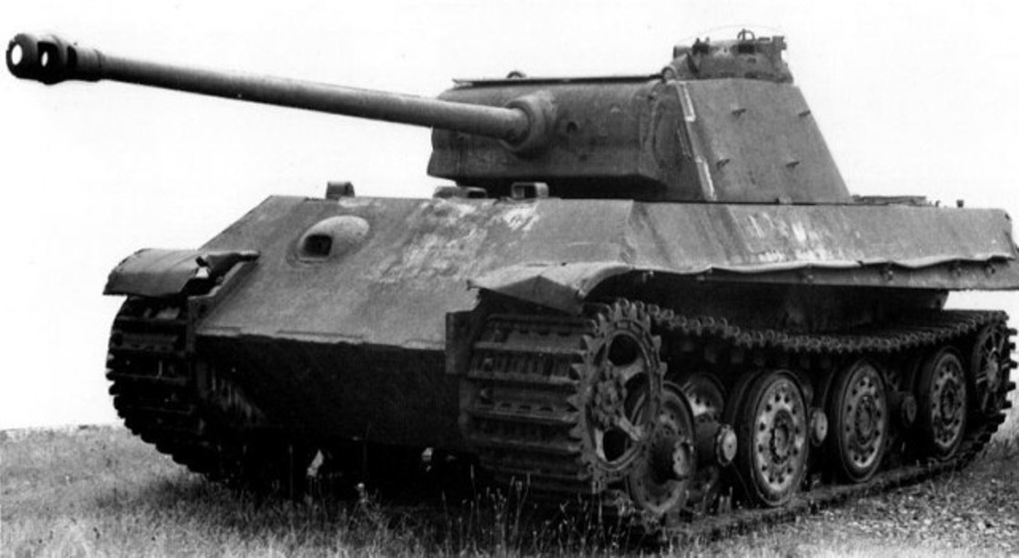 Panther II with Ausf G turret at Fort