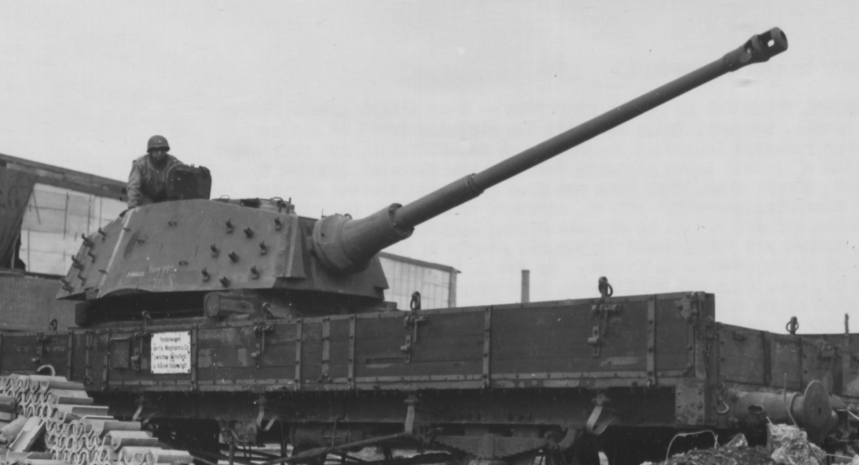 Tiger II Kassel Mittelfeld Henschel plant New spare hanger pattern